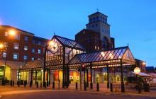 Wolverhampton Market Place – Colonnade